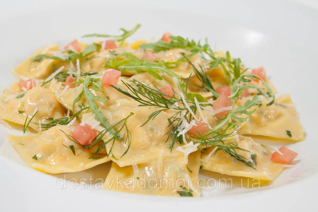 Равиоли с лососем и шпинатом