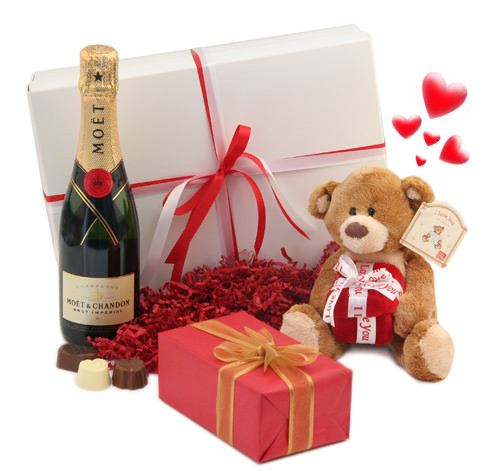Подарки на день влюбленных (игрушки, подушки)