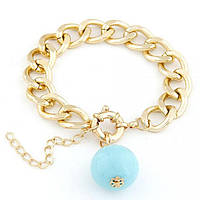 Браслет золотая цепочка с голубой бусинкой
