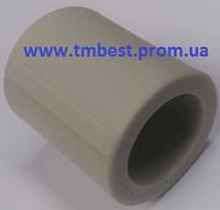 Муфта соединительная полипропиленовая ппр диамет 40х40 для соединения труб в системах водоснабжения.