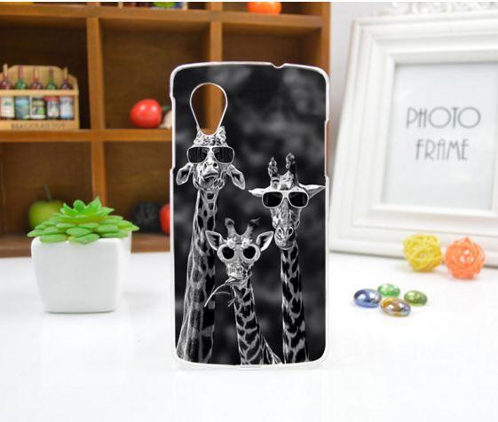 Чехол для LG Nexus 5 панель накладка с рисунком жирафы