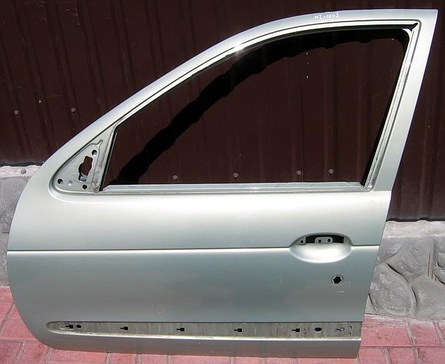 Дверь передняя левая Renault Megane I (Рено Меган 1)