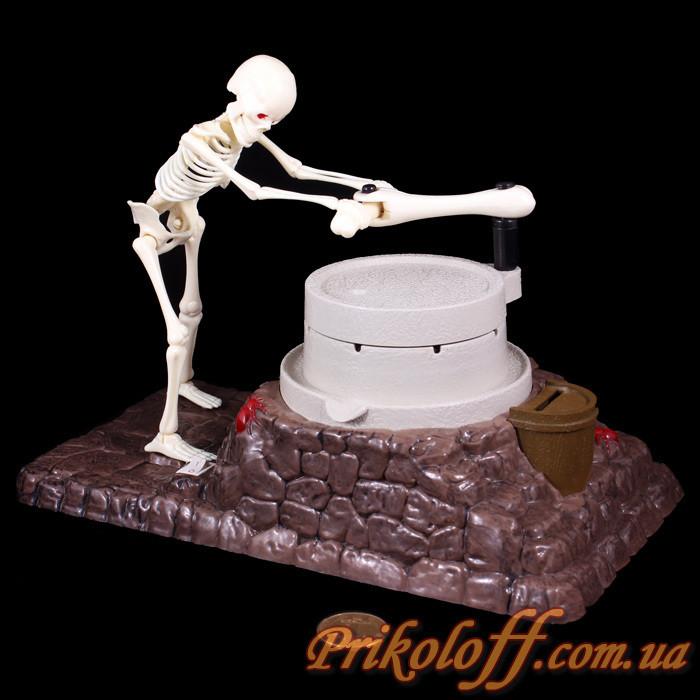 """Копилка """"Скелет с мельницей"""", двигается и поет"""