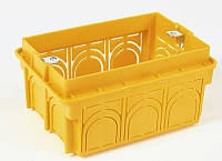 Коробка монтажная 3 модуля в кирпич
