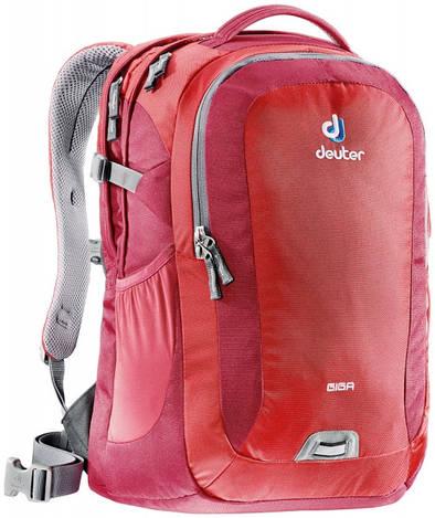Городской рюкзак Deuter Giga fire/cranberry (80414 5520)
