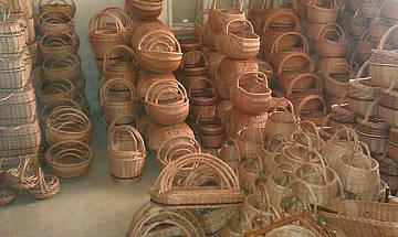 """Новый склад """"Плетена корзина"""" изделия из лозы, плетеные корзины из лозы, плетеная мебель из лозы."""