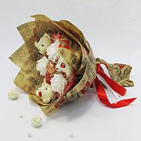 Букет из игрушек Мишки 3 с розами в бумаге , фото 1