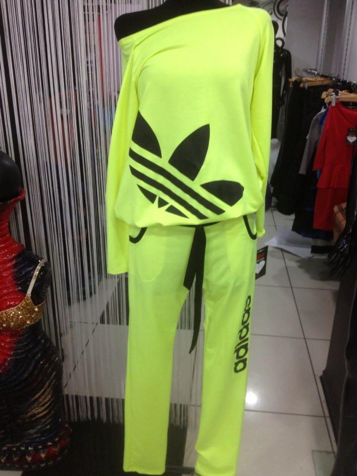 Спорт костюмы женские адидас