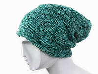 Одноцветная вязанная шапка Ручная вязка