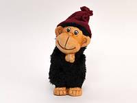 Фигурка из керамики Обезьянка в шапке, черный мех