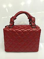 Женская сумка стеганый саквояж 1191 из  кожзама красного цвета