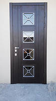 Дверь со вставками