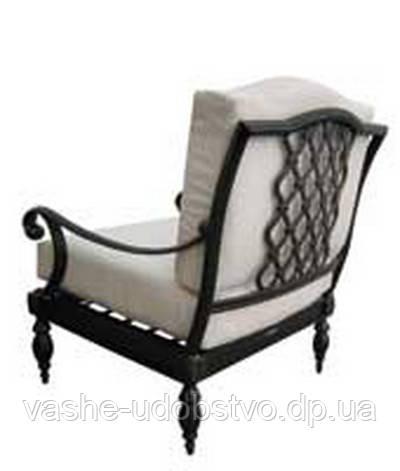 Подушки для кованой мебели из кожи и кожзама.