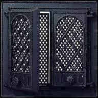 Каминная дверца застекленная с решеткой Pisla HTT 117