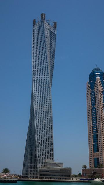 """Infinity Tower самый высокий """"крученый"""" небоскреб в мире"""