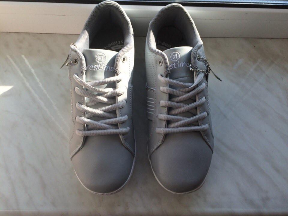 Кожаные женские кроссовки Restime 35 (23,5 см) размер