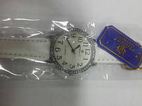 Часы кварцевые Perfect на ремешке женские с камнями арт.637