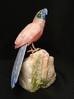 Попугайчик из натурального камня 18 см. (голубой кварц, розовый кварц)