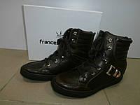 Ботинки демисезонные коричневые 39р.