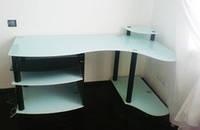 Стеклянные компьютерные,  офисные столы