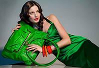 С чем и как носить женскую сумку?