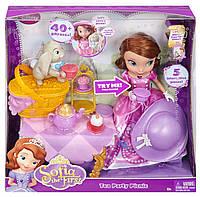 Интерактивная Принцесса София набор пикник-чаепитие с кроликом Клевером. Disney