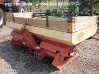 Разбрасыватель  минеральных удобрений Vicon RS С 900 (Б/У) продам.