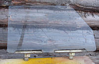 Стекло опускное переднее правое ВАЗ 2104 2105 2107 пассажирское в переднюю дверь бу