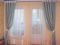 Голубые шторы в спальню