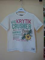 Итальянская футболка с коротким рукавом, надписи зеленого и красного цвета и желтый тропический цветок