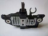 Регулятор напряжения генератора (BOSCH) со щётками на Renault Trafic 2.5dCi (2006-2014) AS (Польша) ARE0063, фото 3