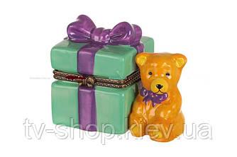 Шкатулка фарфоровая Подарочек с мишкой ,,5х7 см