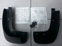 Брызговики передние комплект (2 шт с креплениями) GM 1718530 93199300 OPEL Corsa-D