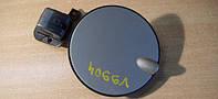 Лючок (заслонка, заглушка, крышка) топливнозаливной горловины грунтованный (грунтованная) под покраску с уплотнительной резинкой GM 0182985 0182784