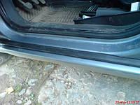 Уплотнитель порога (нащельник) левый (со стороны водителя)) OPEL ZAFIRA-B 5164608