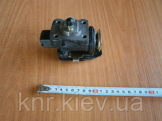 Цилиндр тормозной рабочий передний правый FAW-1047 (c ABS)