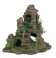 Декорация Trixie Скала с пещерами и растениями, 31 см.