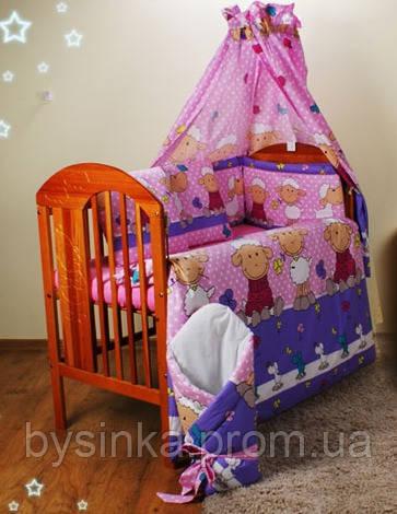 """Защита в кроватку новорожденного- """"Барашек на фиолет. фоне"""""""