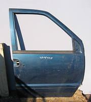 Дверь передняя правая б/у на Nissan Vanette Cargo C23 год 1991-2001