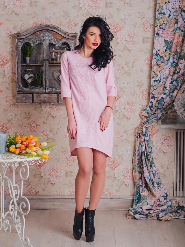 стильное вышитое современное платье