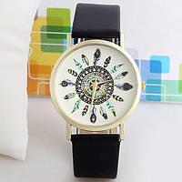 Женские часы Geneva Plume черный ремешок
