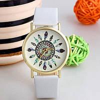 Женские часы Geneva Plume белый ремешок