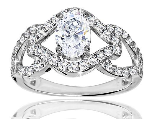 Серебряное родированное помолвочное кольцо солитер с одним камнем усыпка россыпь цирконием, фианитом к00179