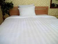 """Простынь белая, бельё для гостиниц , отелей (имитация страйп-сатин) размер """"Евро""""."""