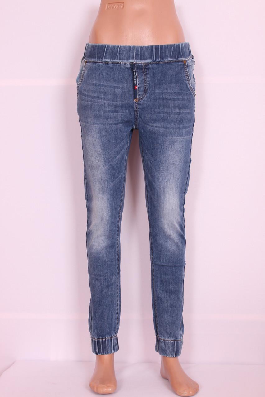 Женские джинсы Version