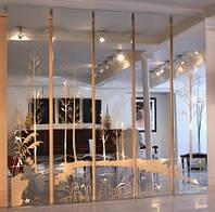 Декоративное панно из зеркал с матированным золотым рисунком