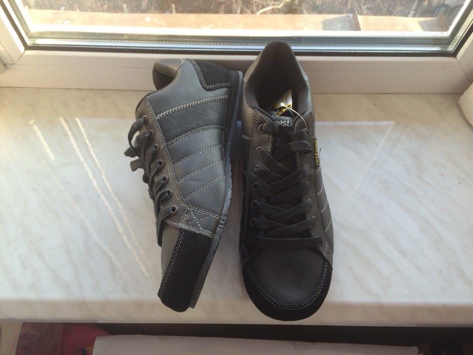 Кожаные кроссовки Restime, оригинал 41,43,44 размеры