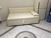 Стильный диван со спальным местом Винтаж
