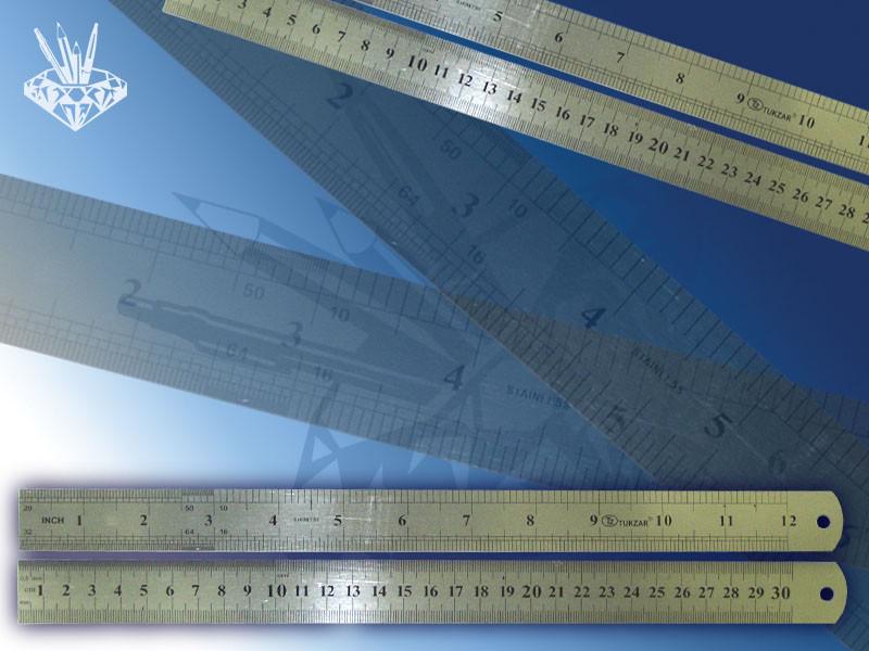 Линейка двухсторонняя металлическая 30 см, двойная шкала.