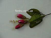 Одиночная искусственная веточка с тремя бордовыми бутонами роз